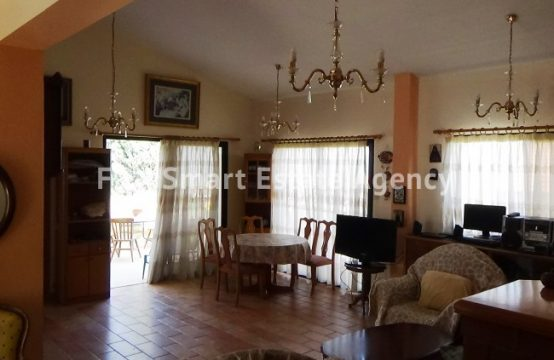 3 Bedroom Whole floor Apartment in Panthea