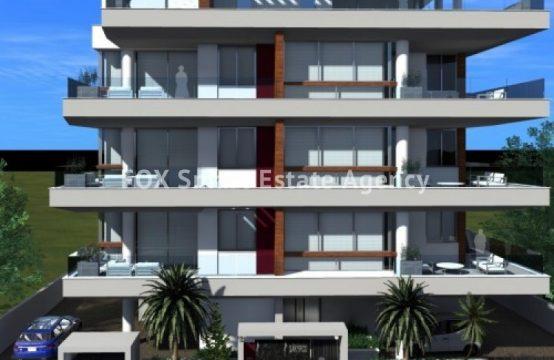 Spacious 3-bedroom apartment in Neapoli