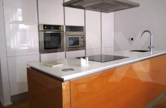2 Bedroom Apartment in Neapoli