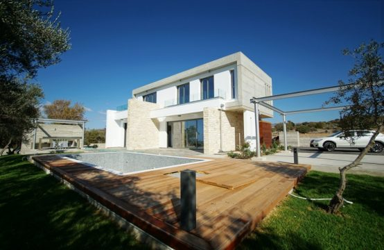 Luxary Detached Villa in Paphos, Chloraka