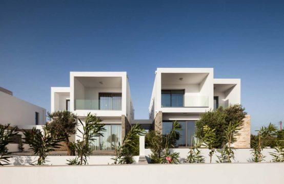 Modern Villa in Petridia