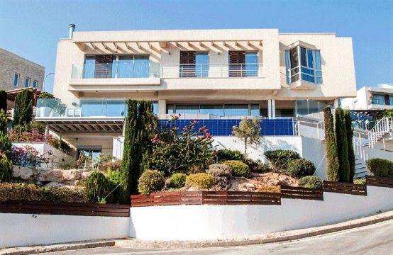 Detached Villa in Limassol